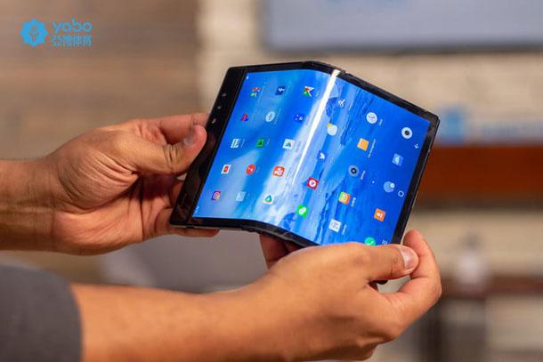 折叠手机5G副本2.jpg
