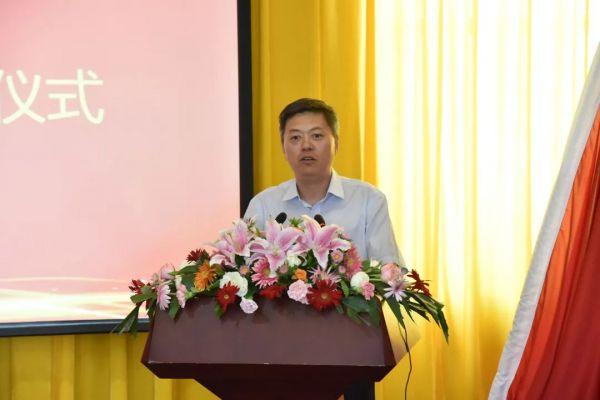 乐普医疗向青海省玉树藏族自治州人民医院捐赠价值100万元的医疗物资(图4)
