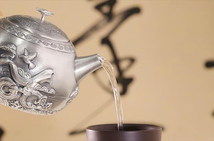 庆祝建党100周年,瑞银鸟以寸心报华夏,以匠心造好壶